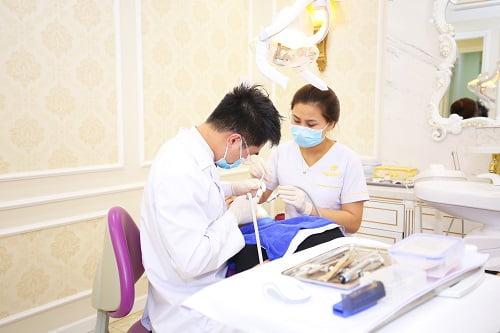 quy trình lấy cao răng 3