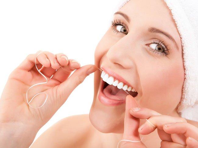 Chỉ nha khoa là gì & Cách sử dụng làm răng SẠCH bóng chỉ sau 2' 1