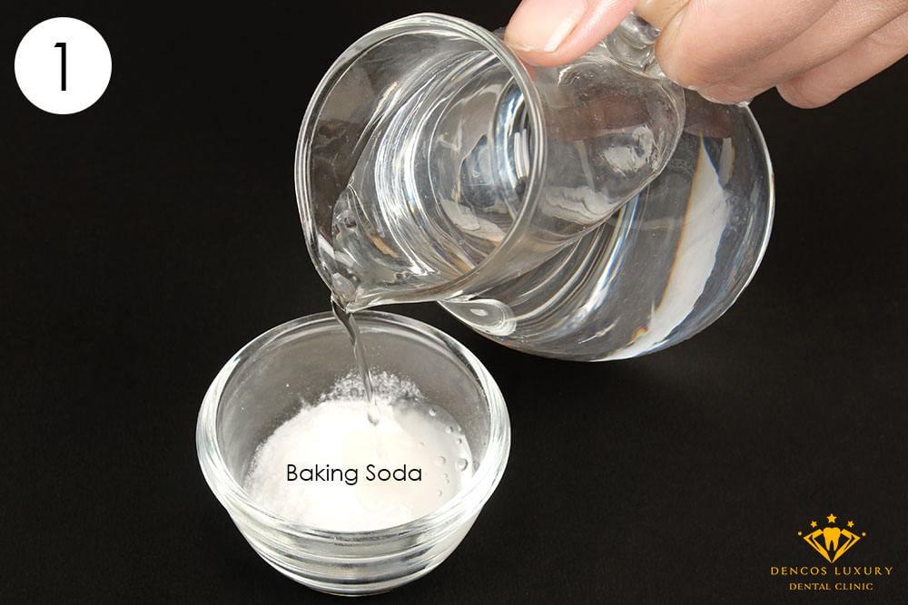 làm trắng răng bằng baking soda