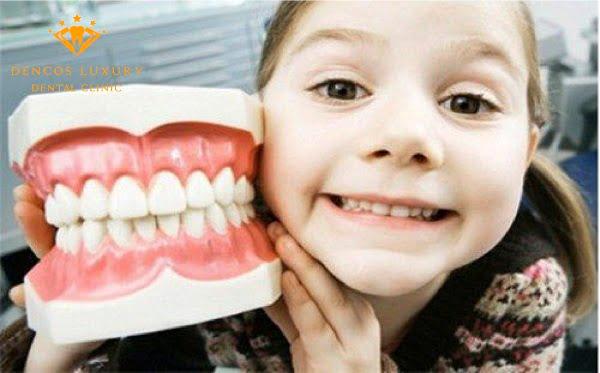 răng hô từ nhỏ