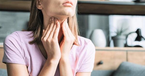Mọc răng khôn có biểu hiện gì